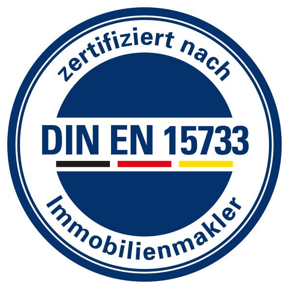 DIA Zert Logo DIN EN 15733 weiá 1